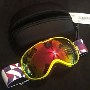 Other - NWT -Youth Ski Goggles